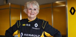 VIDEO - Μια 79χρονη σε μονοθέσιο της Renault