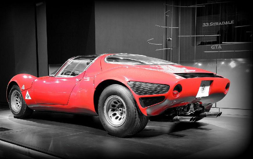 170829 Alfa-Romeo 33-stradale 02