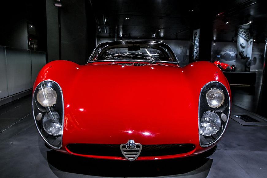170829 Alfa-Romeo 33-stradale 04
