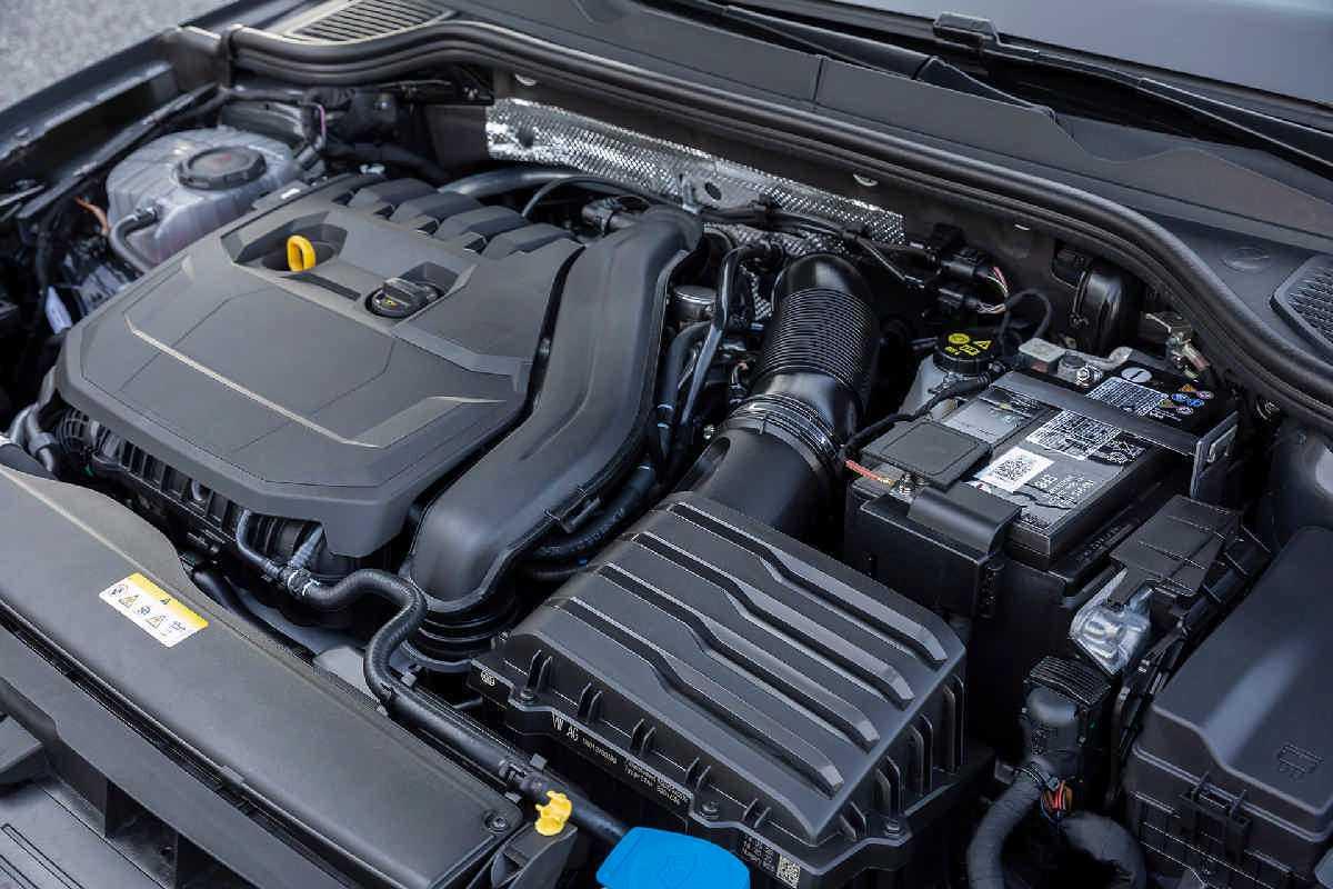 Volkswagen Golf 1.5 eTSI MHEV ACT 130PS