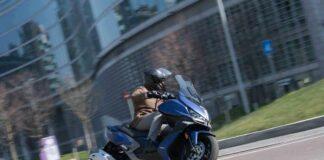 Επίσημο: Θα οδηγούμε μοτοσικλέτα με δίπλωμα αυτοκινήτου
