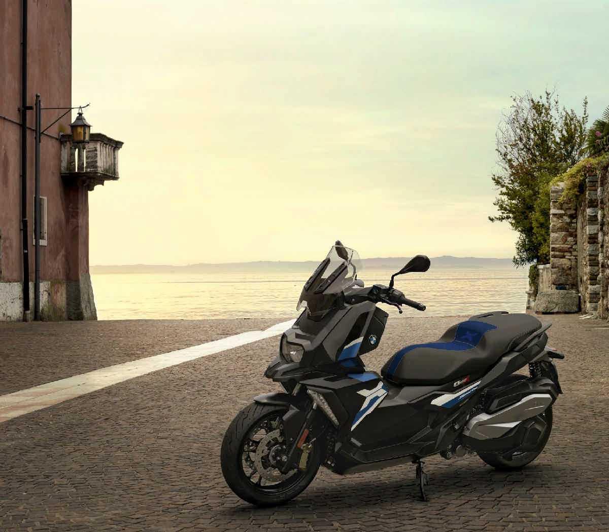 BMWC400X